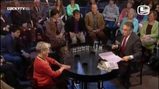 Minister van der Hoeven Gekneveld